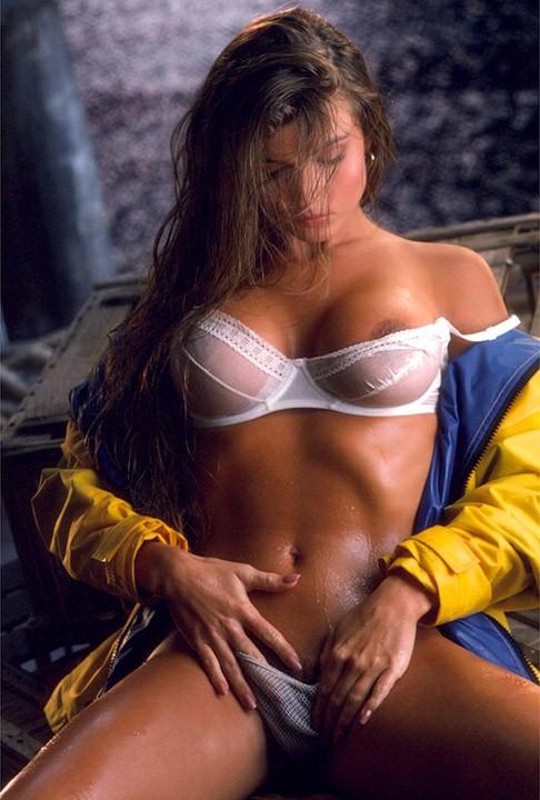 Cheryl Bachman  nackt