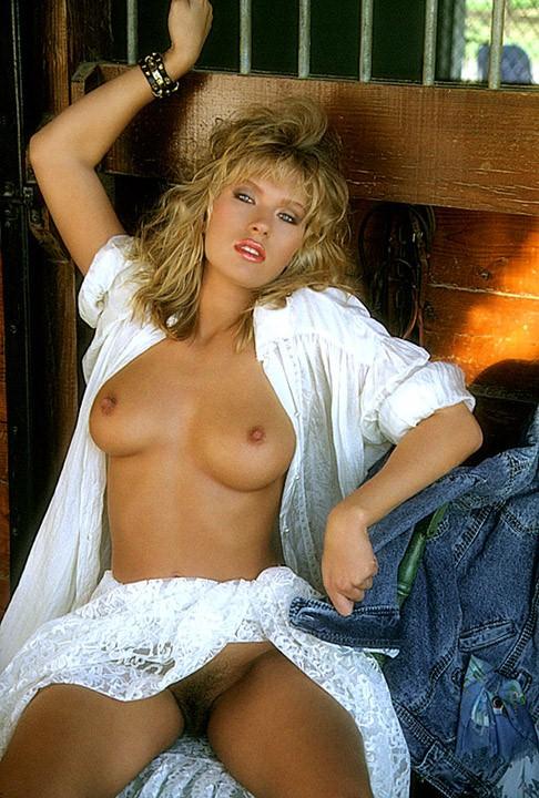 Nackt  Amanda Peterson Beautiful All