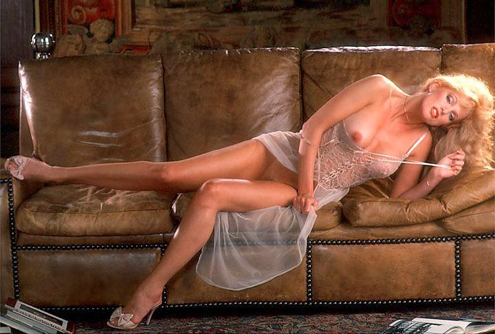 Shower nackt Kathy  Kathie Browne