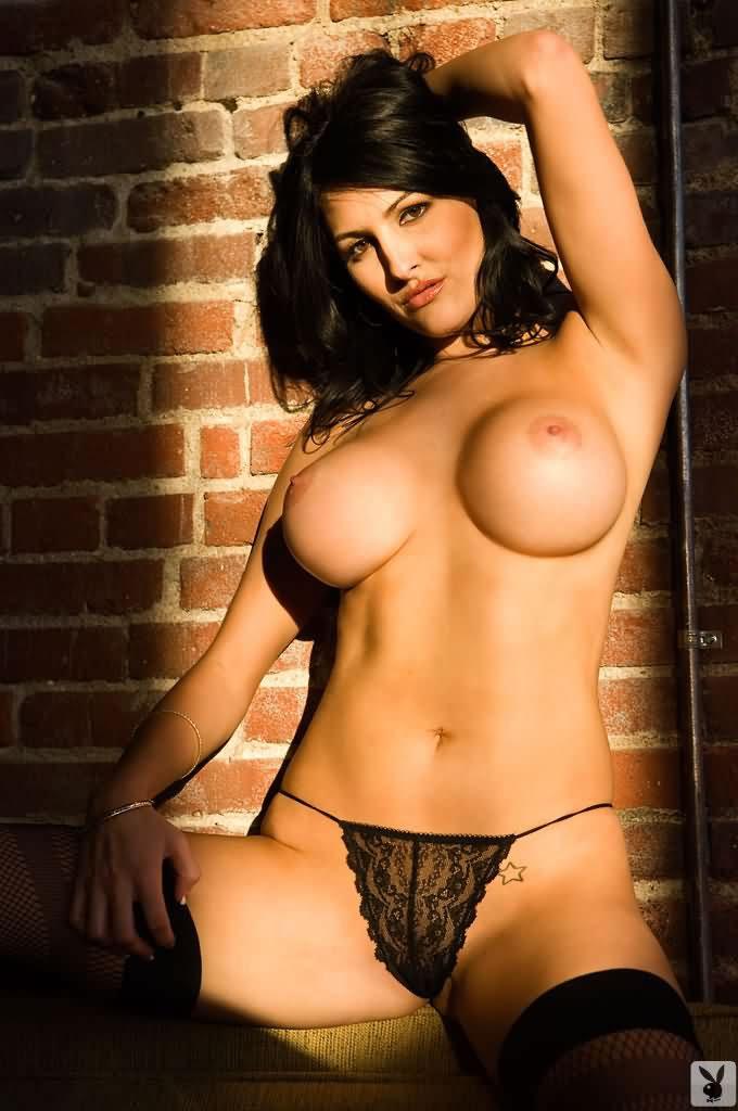 Dishner nackt Kristin  41 Hottest