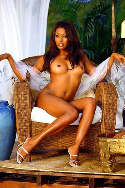 Nicole Narain Nude