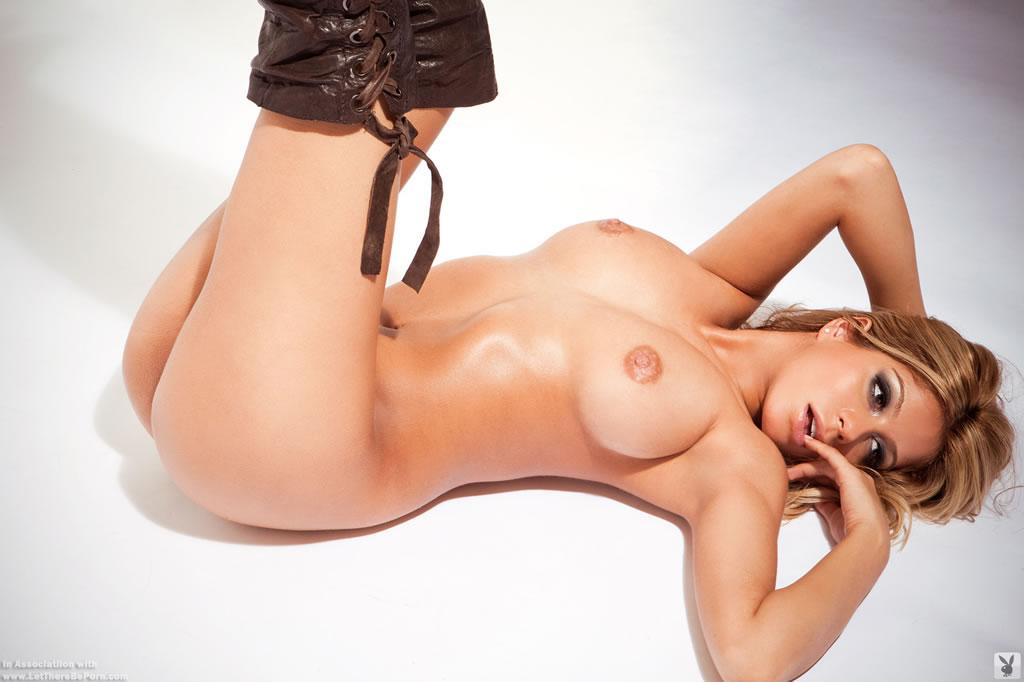 Priscilla Caripan  nackt