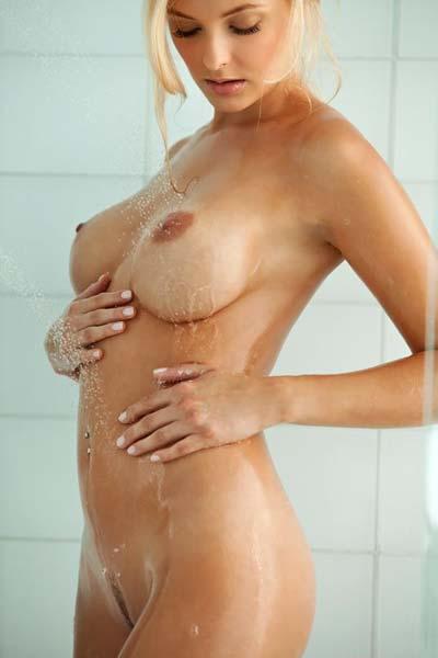 Shera Bechard Nude