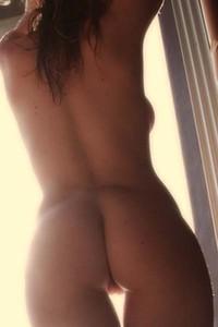 Katie Vernola Pretty Chic Video