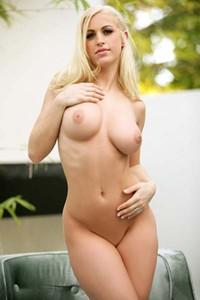 Scarlett Eastland All Naturals 02
