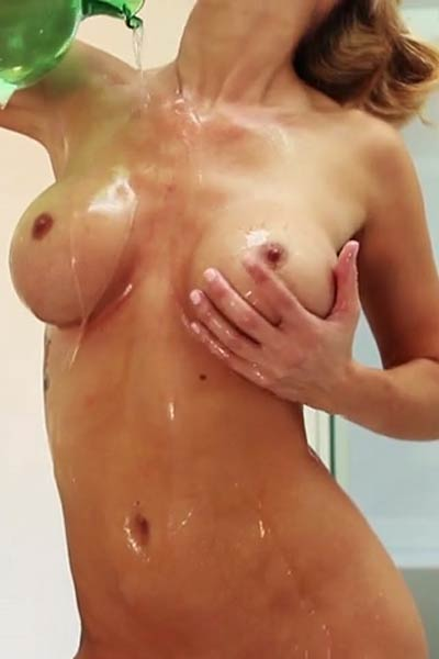Jessie Ann Bubble Bath Babe Video