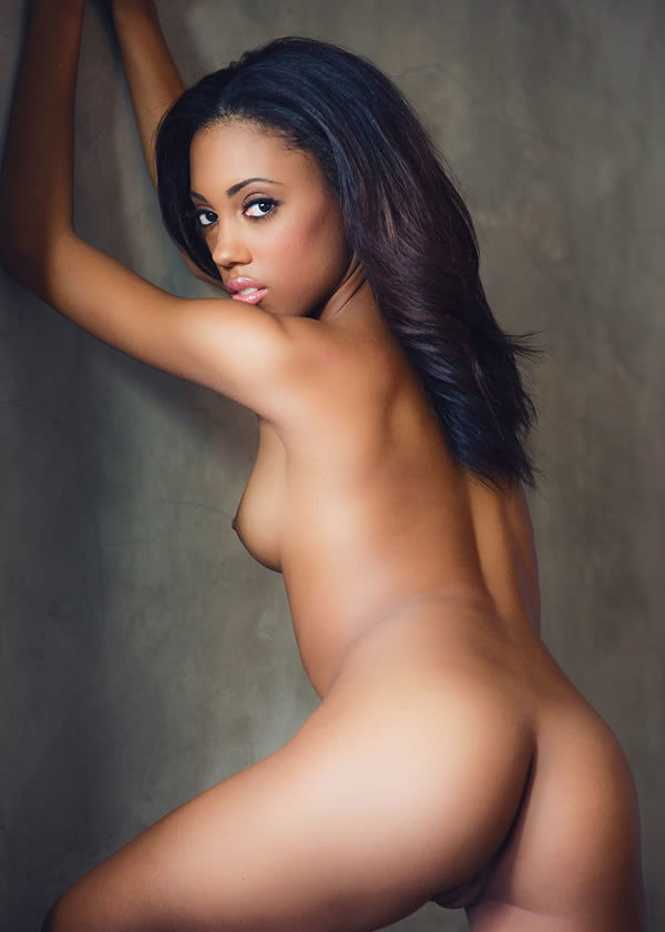 Raven symone with girlfriend nude sex gallery