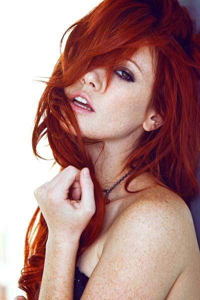Elle Alexandra Devilish Desire