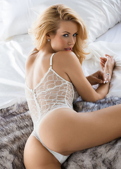 Kennedy summers playboy nackt