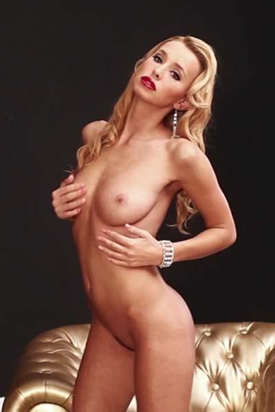 Coxy Golden Pleasure Video