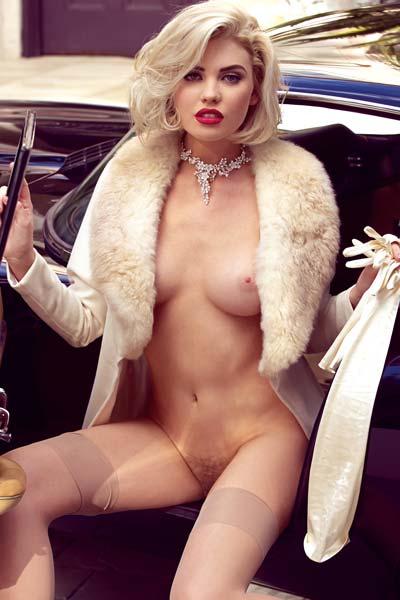 Kayslee Collins Do you like my classic '64 Jaguar