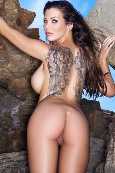 Helen de Muro Tasty Milf with breathtaking curves