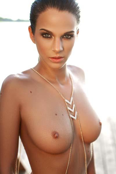 Sophie Hungarian model Sophie strips down