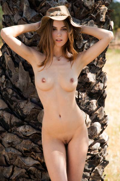 Have some fun outdoors with a beautiful brunette Amberleigh West