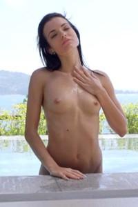 Sapphira Paradise Heat Video