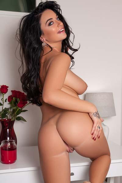 Stunning Brittney Shumaker shows off her huge pierced boobs
