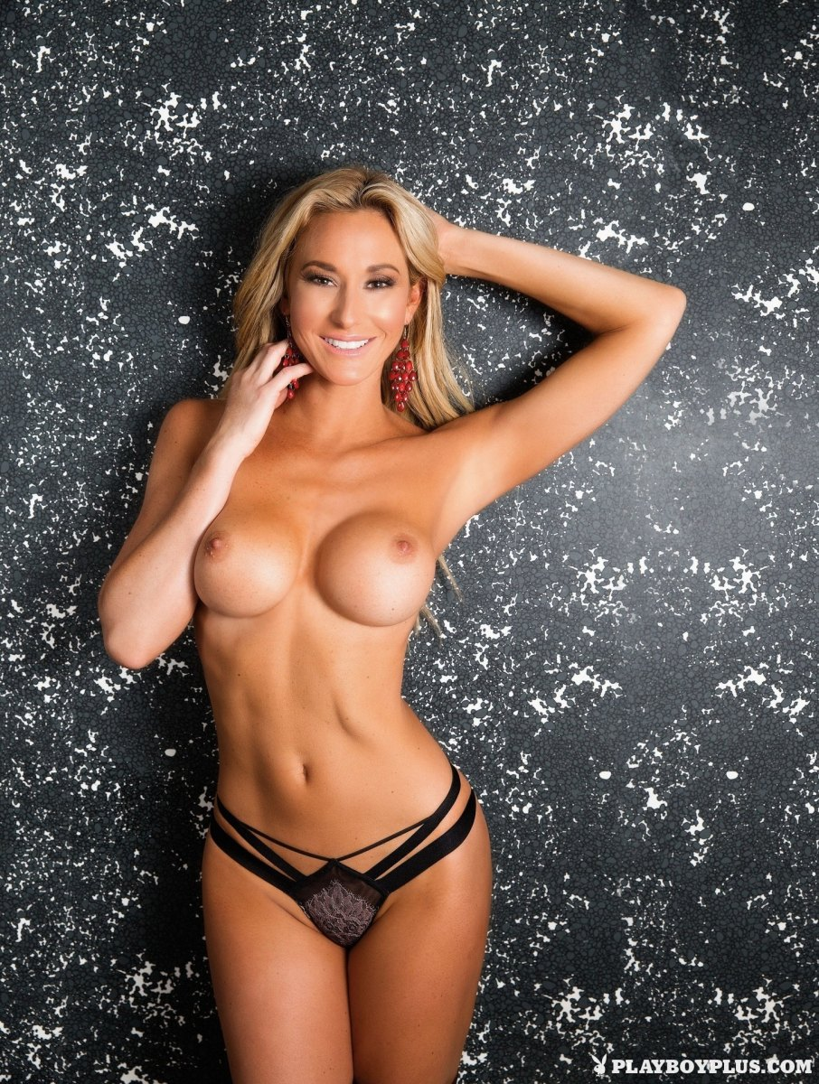 Jeni Summers Nude