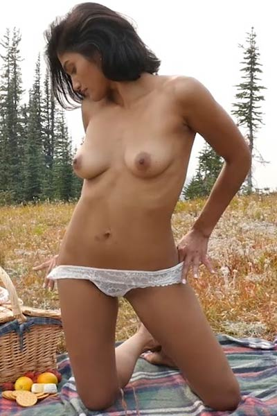 Would you enjoy this young beauty in some nice action on Mountaintop