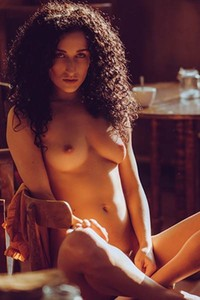 Luca Miklosi is one super sexy chick with slender body and sweet face