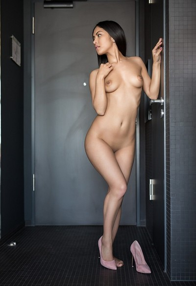 Chloe Rose in Inviting touch from Playboy