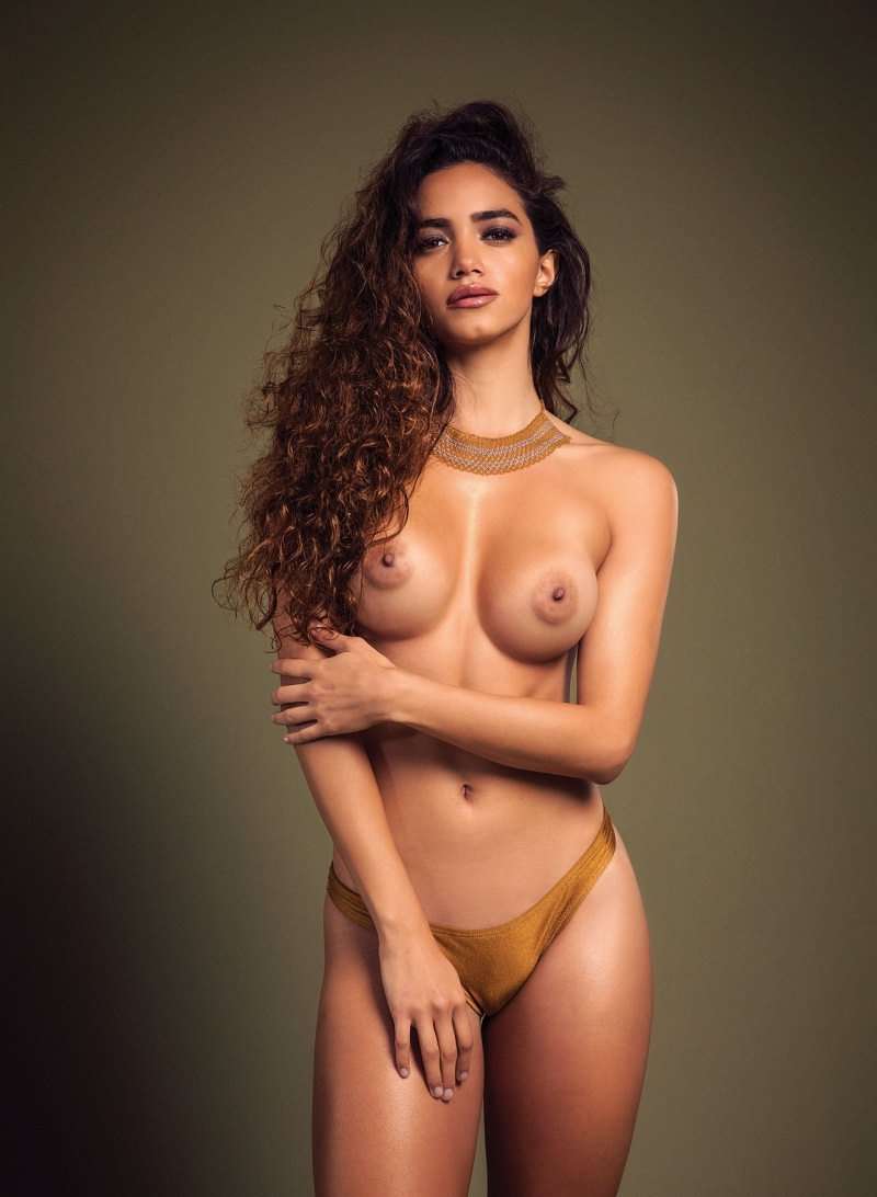 Nude asian glamour model