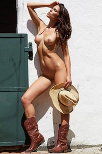 Good looking young brunette goes wild in this superb solo action