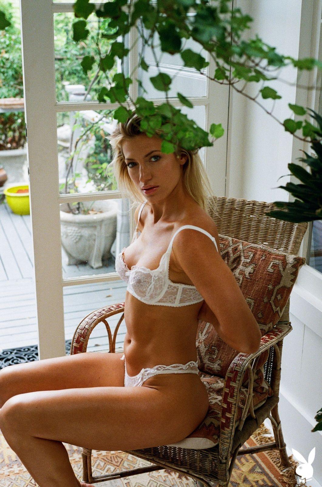 Jessica nackt LaRusso Jessica russo