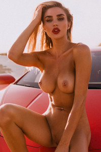 Miss Kenzie Anne bares and demonstrates her exquisite during an outdoor photoshoot
