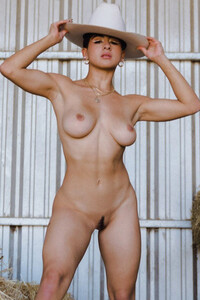 nackt Ballesteros Carolina Playboy